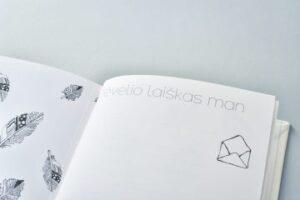 baltai balta kudikio albumas