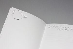 Hug a book pirmuju metu kudikio albumas braškė